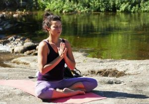 Yoga parapente Annecy avec Air Escapade