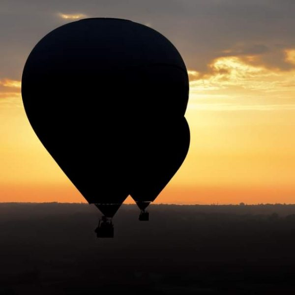 voler en montgolfiere